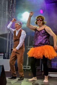 Hannes die lebende Disco-Kugel & Molly (aka Sven)